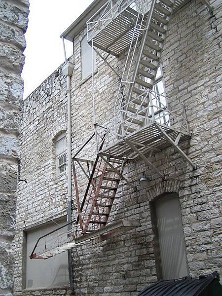 電影裡才看的到的樓梯