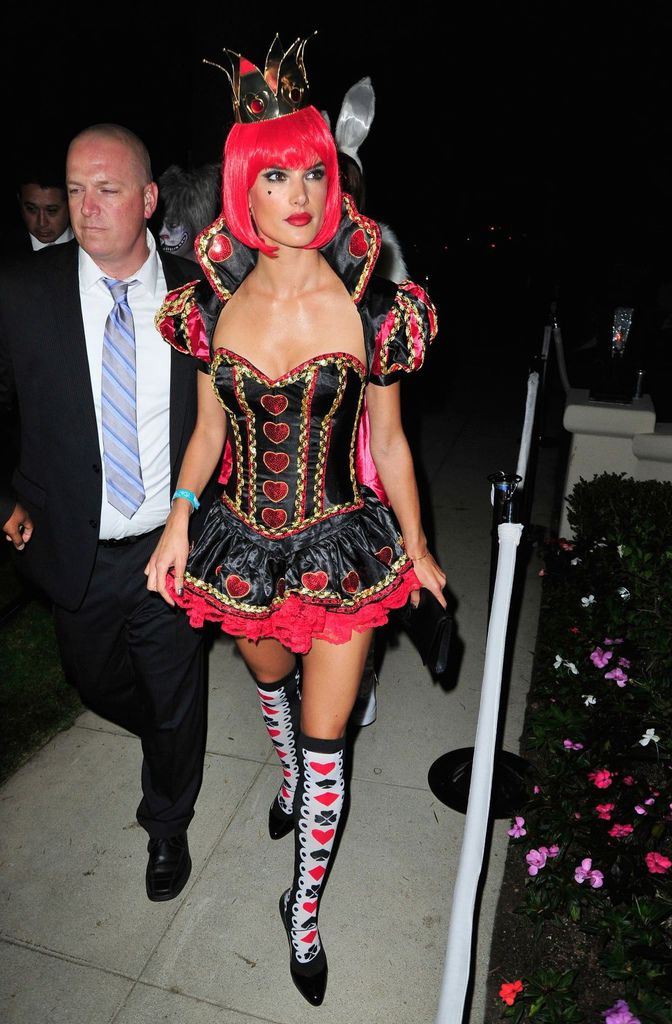 alessandra-ambrosio-at-casamigos-halloween-party-in-beverly-hills_8