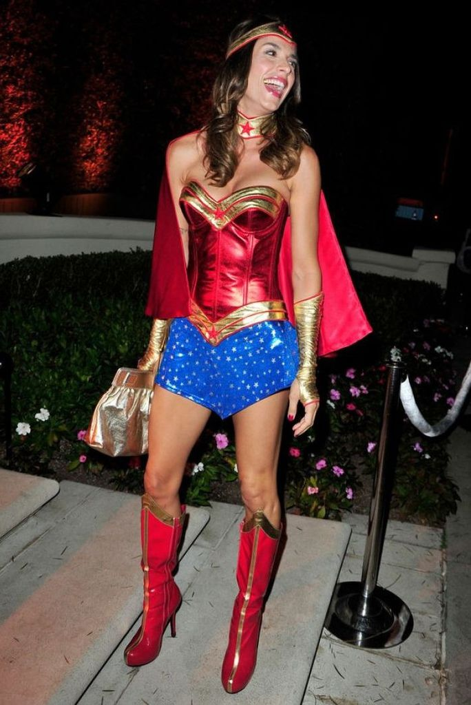 elisabetta-canalis-at-casamigos-halloween-party-in-beverly-hills_1