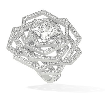 Engagement-Rings-Chanel-Fine-Jewellery-Bridal-Collection-2013-2014-21