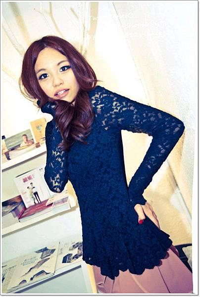 黑蕾絲上衣1