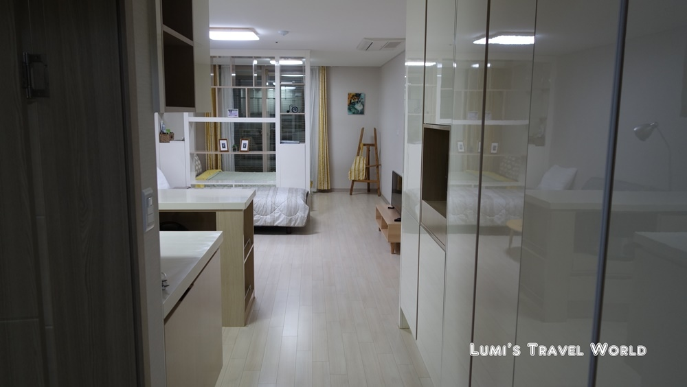 happyguesthouse_04.jpg