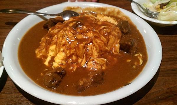 牛肉蛋包咖哩飯.jpg