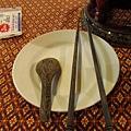 竹做的筷子和湯池.JPG