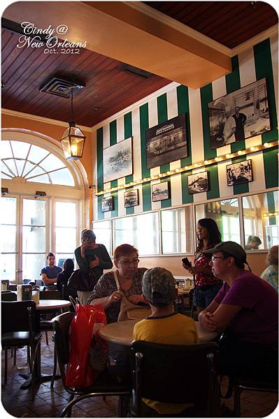 Cafe Du Monde-04