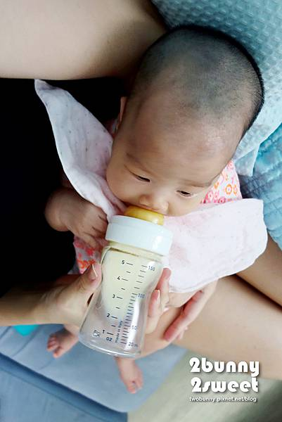 chicco 奶瓶-05