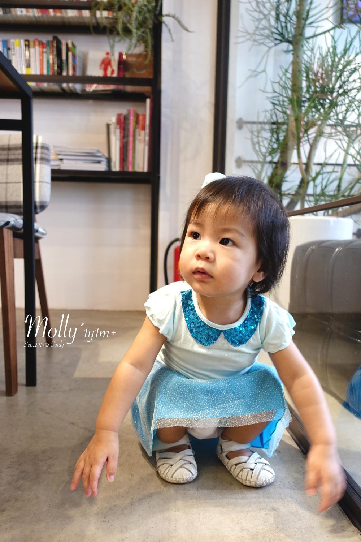 Molly-1y1m27d-18