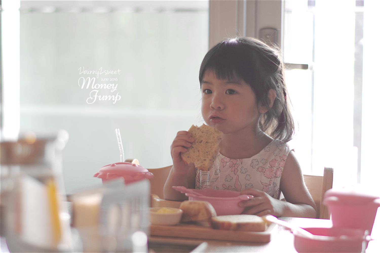 2016-0609-Money Jump-32.jpg