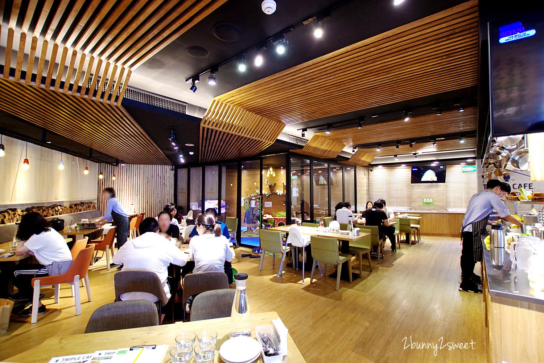 2018-0422-Triple Cafe-03.jpg