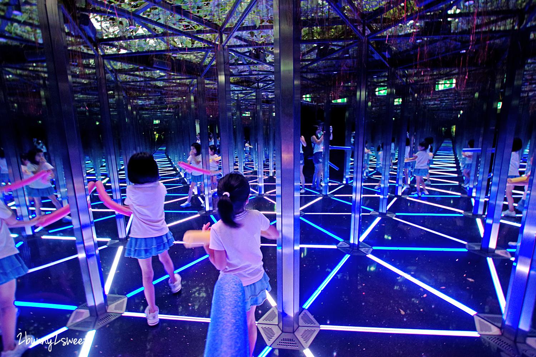 2019-1209-Mirror Maze 鏡子迷宮-02.jpg