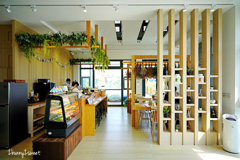 2021-0221-Crazy Art Cafe-16.jpg