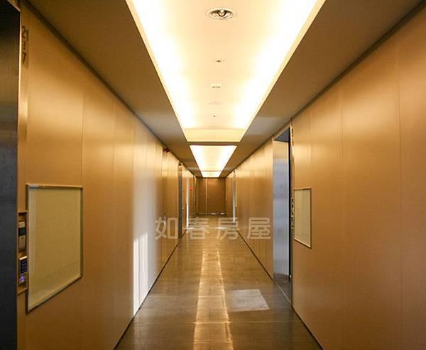 各層-走廊