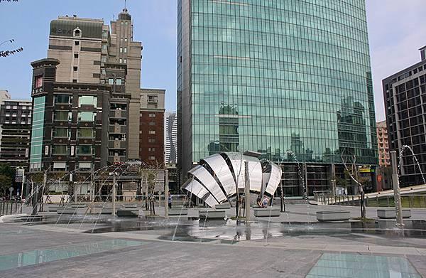 噴泉廣場.jpg