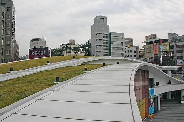 草悟道廣場.jpg