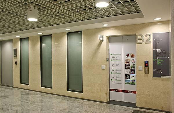 梯廳空間.jpg