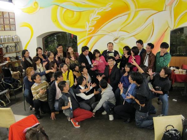14efc2ee4e4dac-20111221益讀俱樂部-一秒讀心術091_jpg.jpg