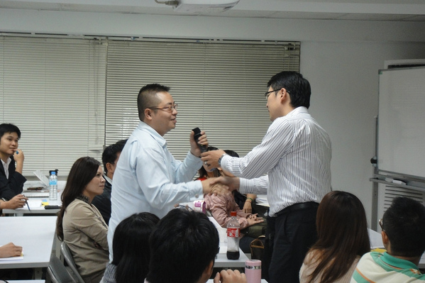 14efb25af58fdf-20111118益讀俱樂部-聲財有道030_jpg.jpg