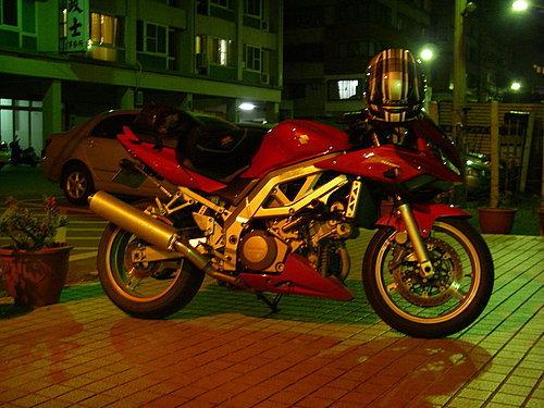 ap_F23_20080331115326265.jpg