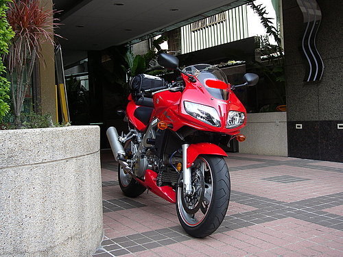 ap_F23_20080519103737495.jpg