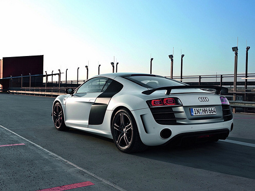 Audi-R8_GT_2011_1600x1200_wallpaper_05.jpg