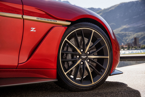 Aston-Martin-Vanquish_Zagato-2016-production_16