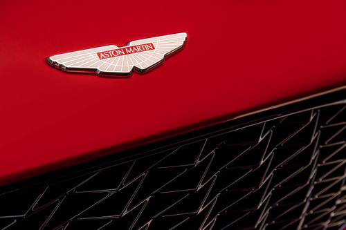 Aston-Martin-Vanquish_Zagato-2016-production_13