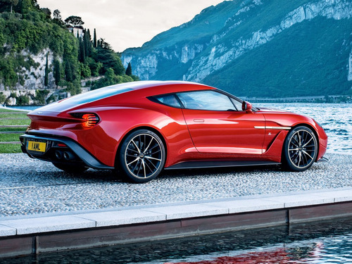 Aston-Martin-Vanquish_Zagato-2016-production_4