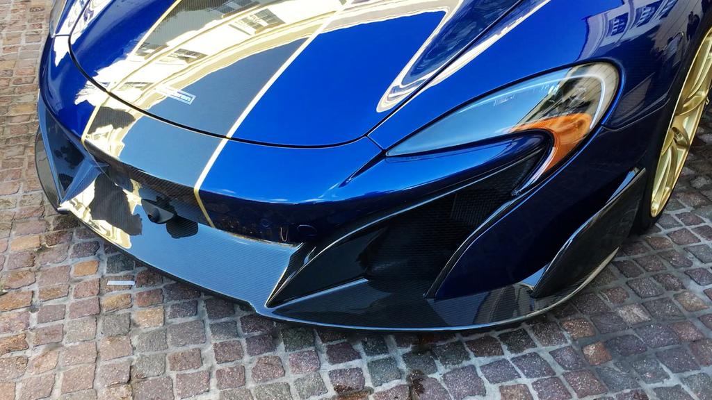 2017-McLaren675LTSpyderCarbon-29