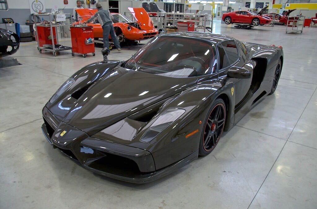 Ferrari-Enzo-4