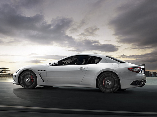 Maserati-GranTurismo_MC_Stradale_2012_1600x1200_wallpaper_04.jpg
