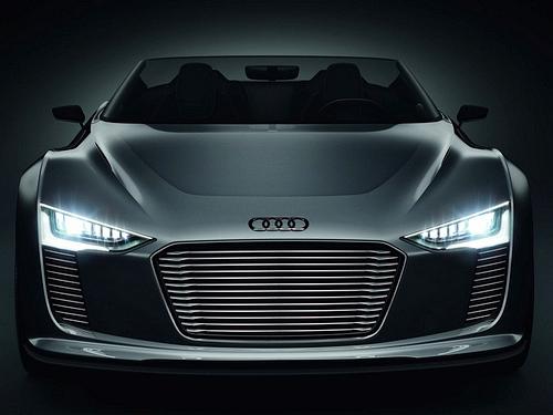 Audi-e-tron_Spyder_Concept_2010_1600x1200_wallpaper_0c.jpg