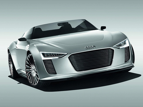 Audi-e-tron_Spyder_Concept_2010_1600x1200_wallpaper_03.jpg