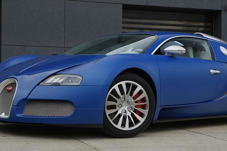 bugatti-veyron-bleu-centenaire_11.jpg