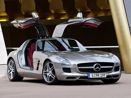 Mercedes-Benz-SLS_AMG_2011_1600x1200_wallpaper_11.jpg