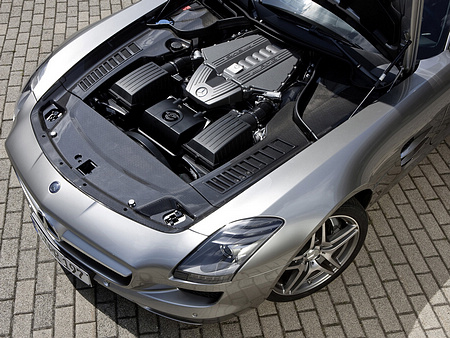 Mercedes-Benz-SLS_AMG_2011_1600x1200_wallpaper_56.jpg