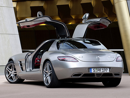 Mercedes-Benz-SLS_AMG_2011_1600x1200_wallpaper_2e.jpg