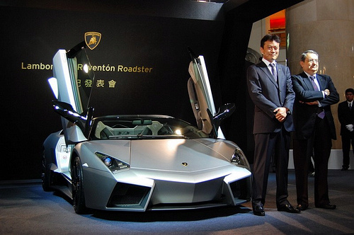 lamboghini-reventon-roadster-revealed-in-taiwan_07.jpg