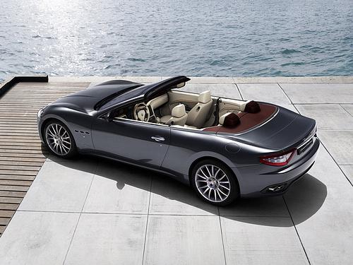 Maserati-GranCabrio_2011_1600x1200_wallpaper_18.jpg