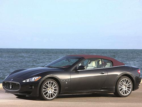 Maserati-GranCabrio_2011_1600x1200_wallpaper_0c.jpg