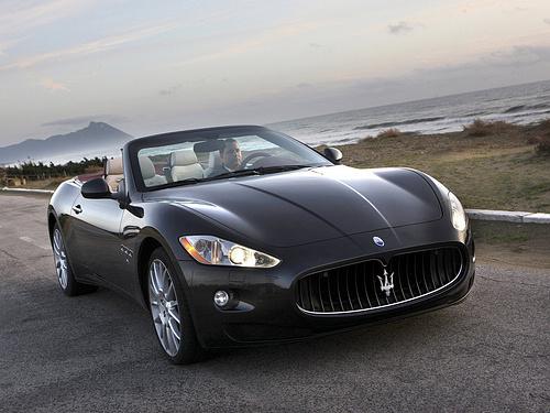 Maserati-GranCabrio_2011_1600x1200_wallpaper_01.jpg