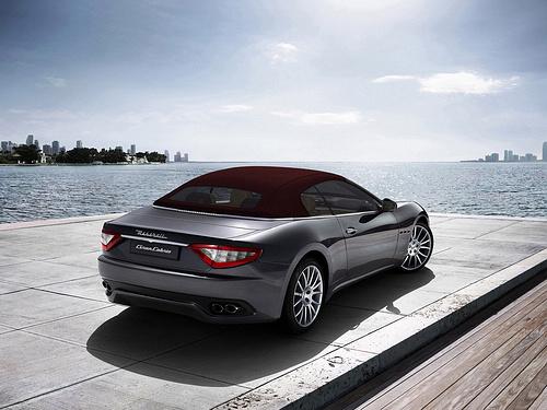 Maserati-GranCabrio_2011_1600x1200_wallpaper_19.jpg