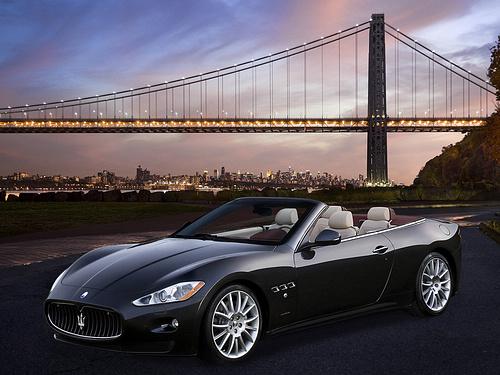 Maserati-GranCabrio_2011_1600x1200_wallpaper_02.jpg