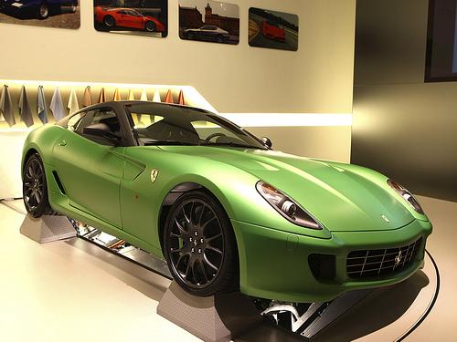 Ferrari-599_GTB_HY-KERS_Concept_2010_1600x1200_wallpaper_02.jpg