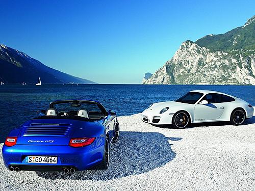 Porsche-911_Carrera_GTS_2011_1600x1200_wallpaper_04.jpg