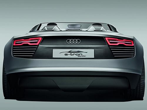 Audi-e-tron_Spyder_Concept_2010_1600x1200_wallpaper_0e.jpg