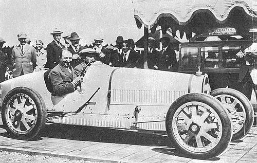 1924_BUGATTI_35_ETTORE-BUGATTI.jpg