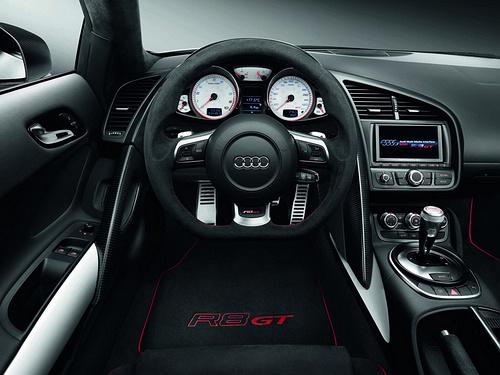 Audi-R8_GT_2011_1600x1200_wallpaper_0b.jpg