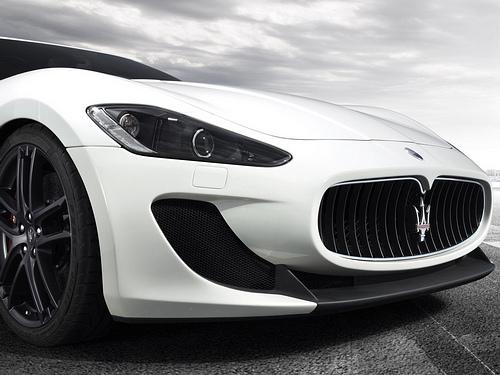 Maserati-GranTurismo_MC_Stradale_2012_1600x1200_wallpaper_0f.jpg
