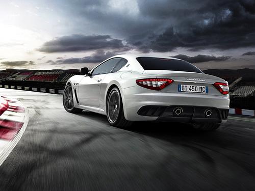 Maserati-GranTurismo_MC_Stradale_2012_1600x1200_wallpaper_05.jpg