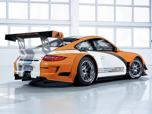 Porsche-911_GT3_R_Hybrid_2011_1600x1200_wallpaper_04.jpg